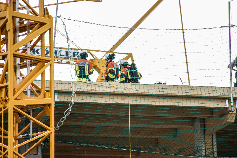 Ehningen: Brand bei Dacharbeiten