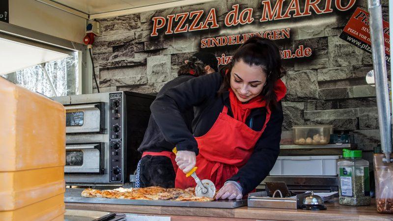 Pizza Aktion am KH Sindelfingen – Helfen statt Hamstern