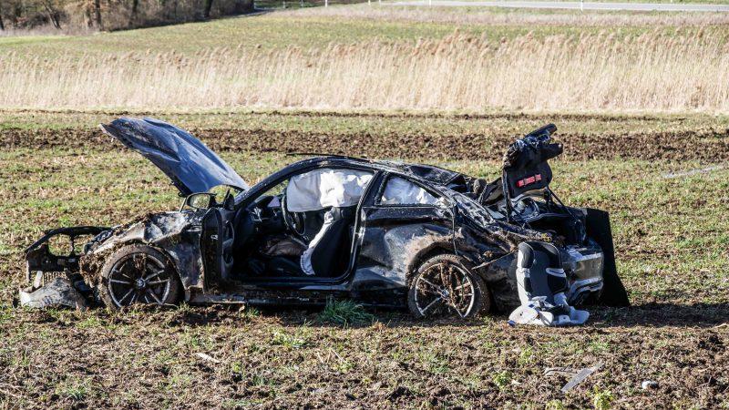 Ehningen: Unfall mit zwei Verletzten auf der K1001