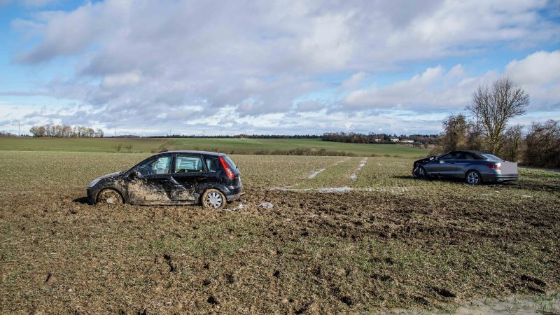 Jettingen: Unfall an einer Feldwegkreuzung